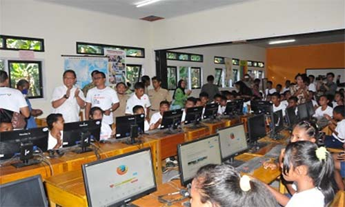 Kominfo sudah realisasikan pembangunan 1.656 lokasi akses internet isp majalengka